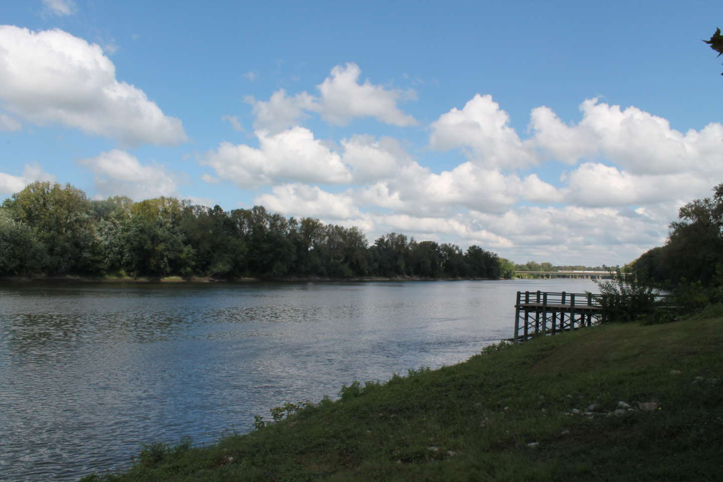Photo of the Wabash River from Fairbanks Park