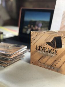 Closeup of the Lineage CD
