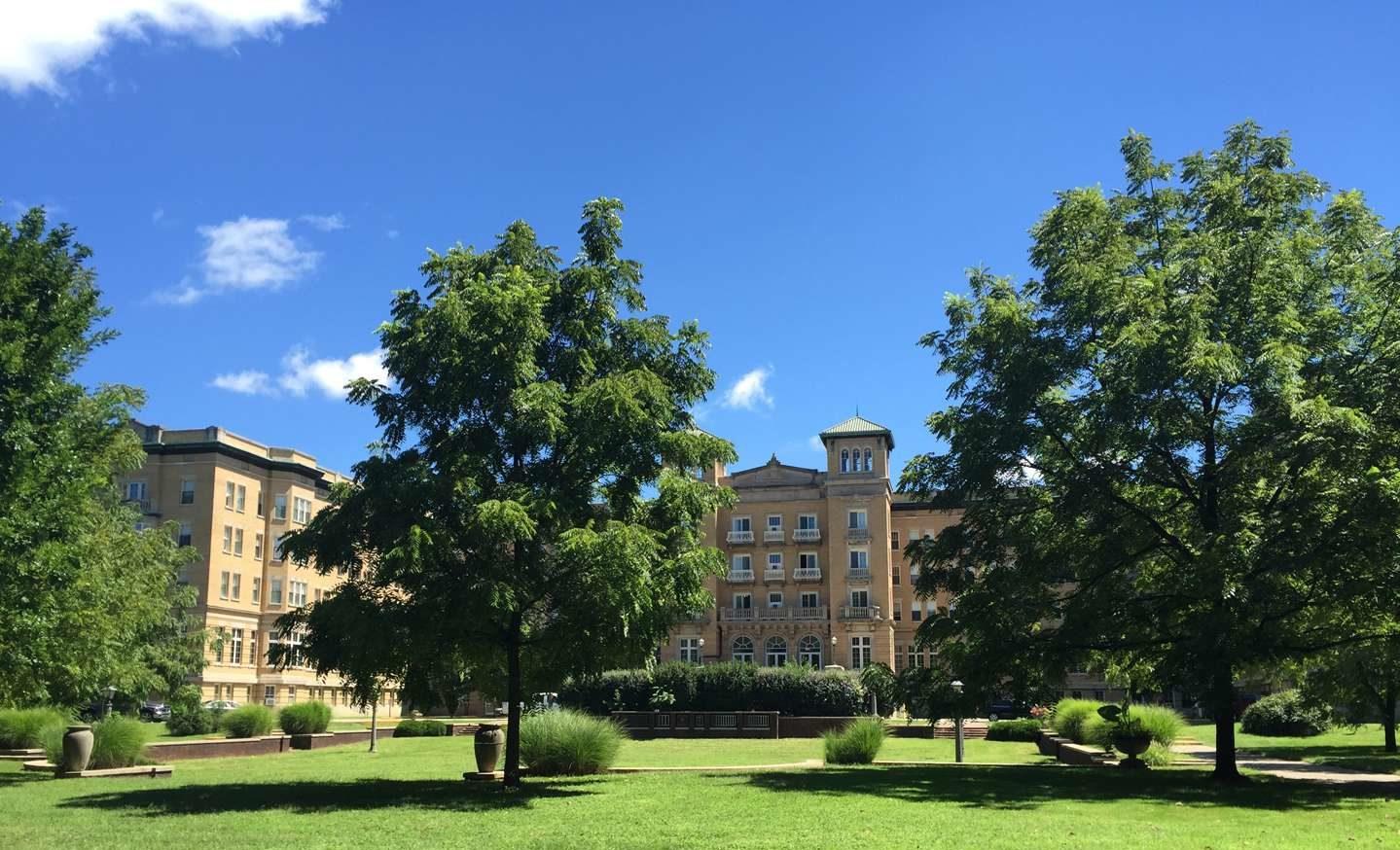 Le Fer Hall - blue sky